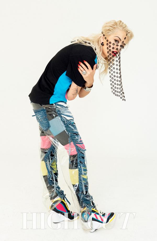 CL Rita Ora 3