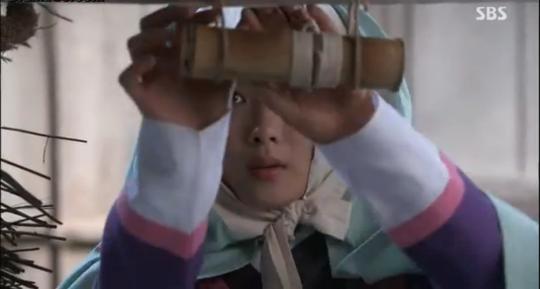 Ji Dam picks up secret library card