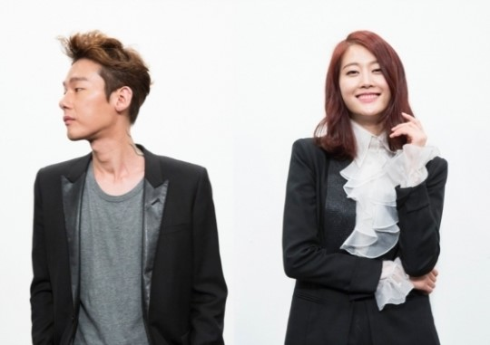 "Columnist Heo Ji Woong and Model Lee Hyun Yi Join JTBC's ""Inside Story Salon"""