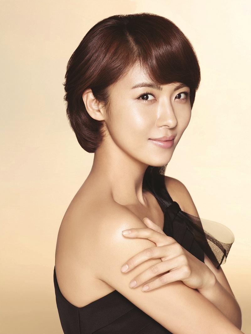 Ha Ji Won Olay