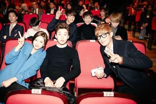 Henry_Go Ara_Kangta_SHINee at the movies