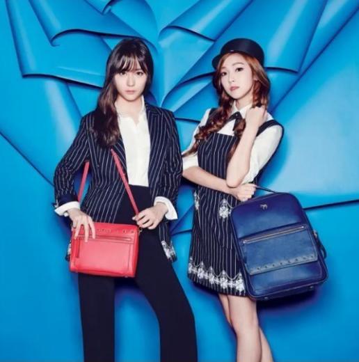 Jessica and Krystal 3