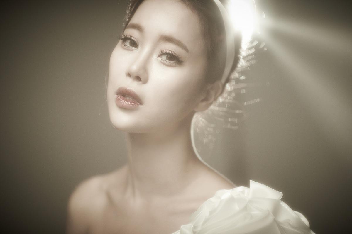 Baek Ji Young_s