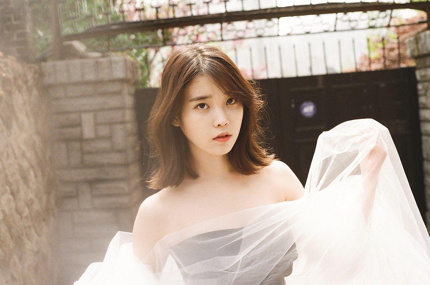 Introducing Actress IU_Feature