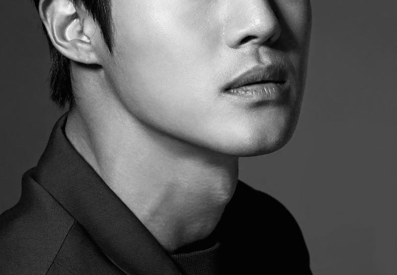kimhyunjoong_flipped