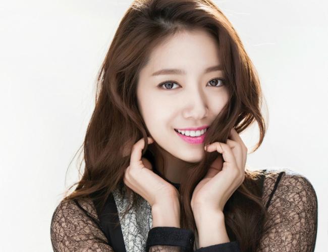 Park Shin Hye Surpasses 10 Million Followers On Weibo Soompi