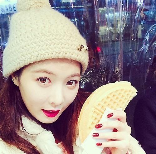 hyuna-waffle