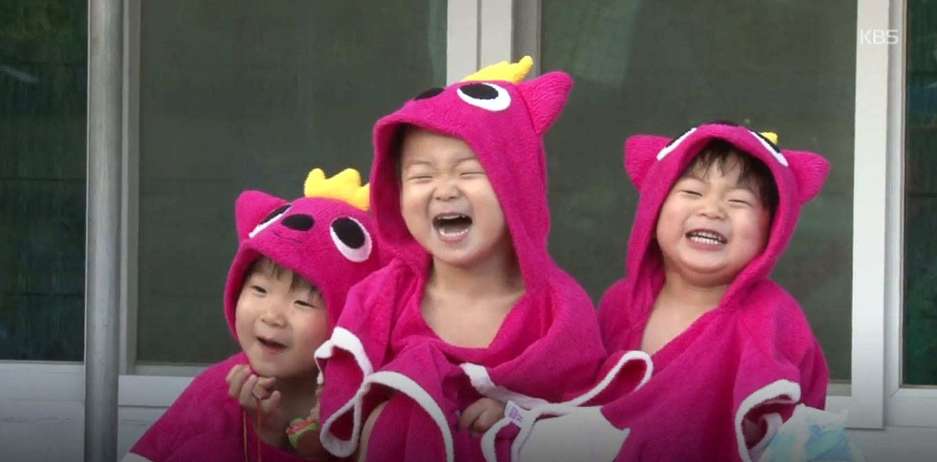 Song Triplets laughing country mice