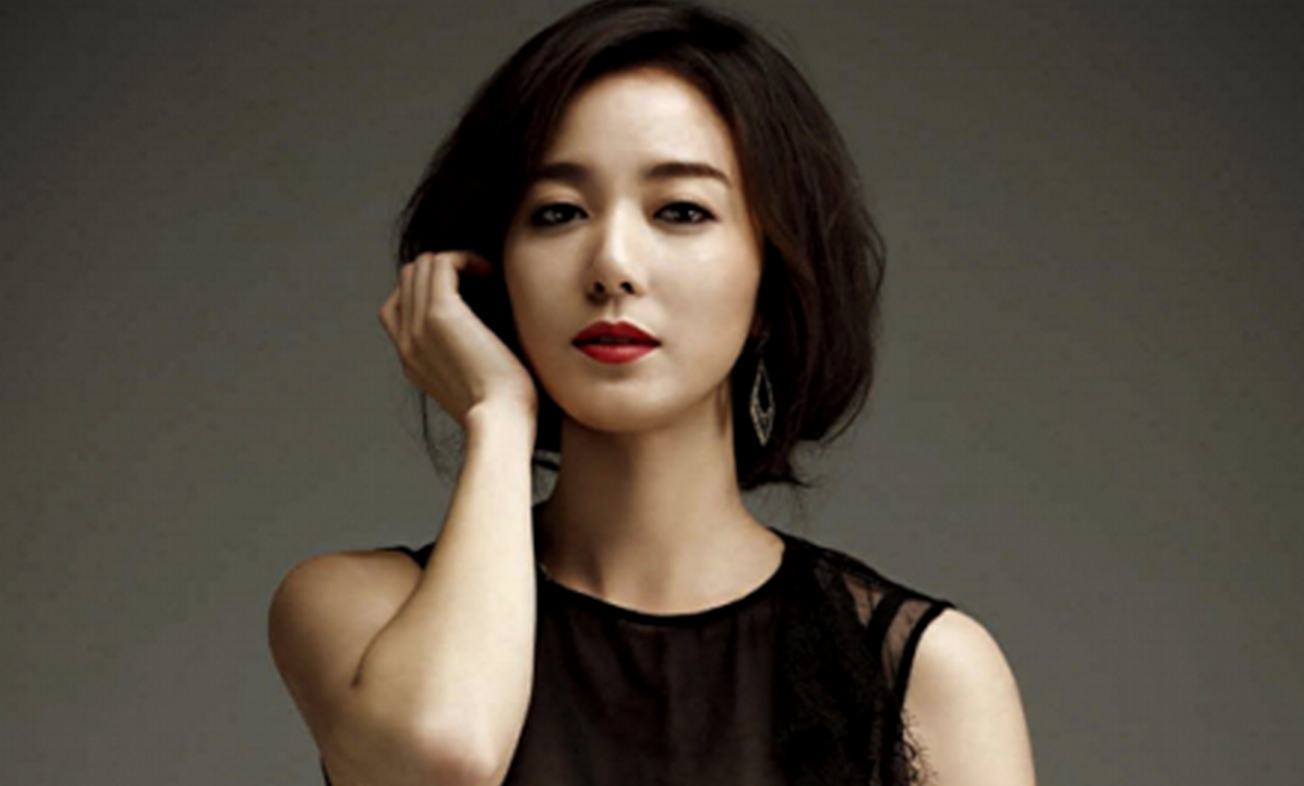 Actress Lee So Yeon To Get Married In October on park mobile home plans
