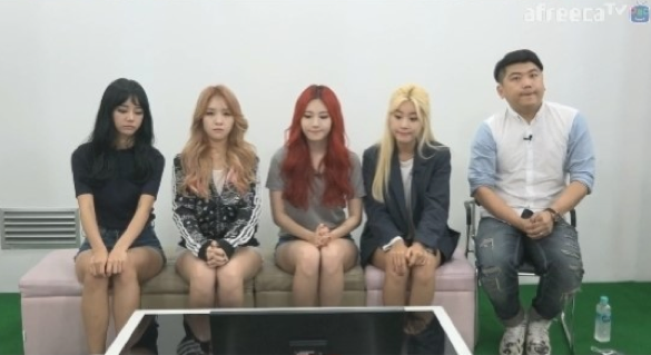 Girls Day Officially Apologizes for Controversial Behavior Through Live Broadcast on AfreecaTV