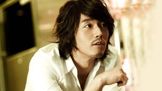 Jang Hyuk in Talks to Play Neurosurgeon in New KBS2 Drama