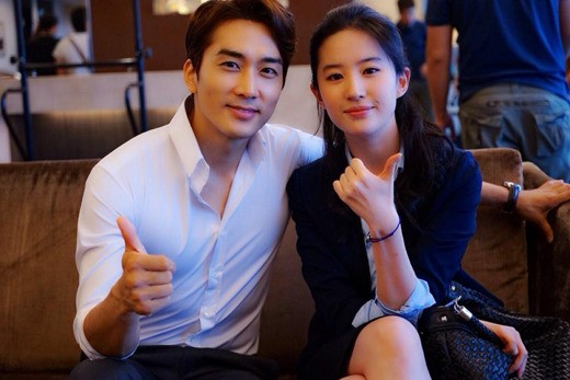 [BREAKING] Song Seung Hun Dating Chinese Actress Liu Yifei