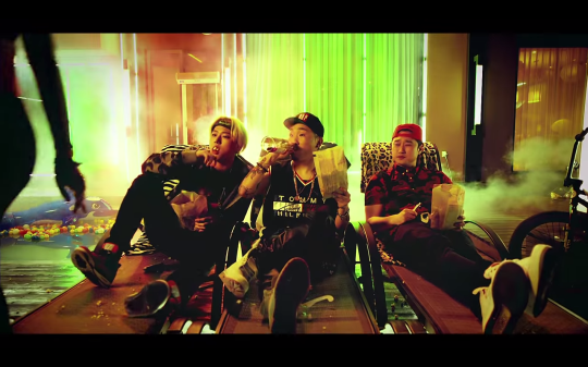 jay park mommae video ugly duck trio