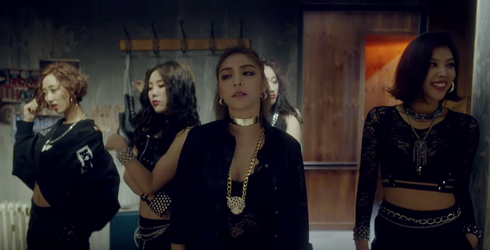 ailee mind your own business music video 1