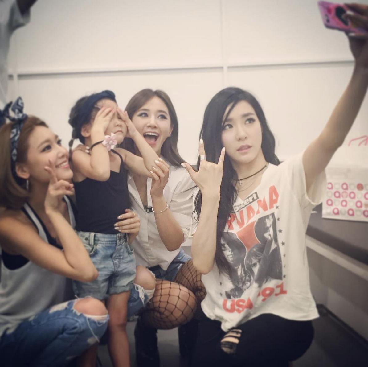 girls' generation tiffany yuri sooyoung sarang