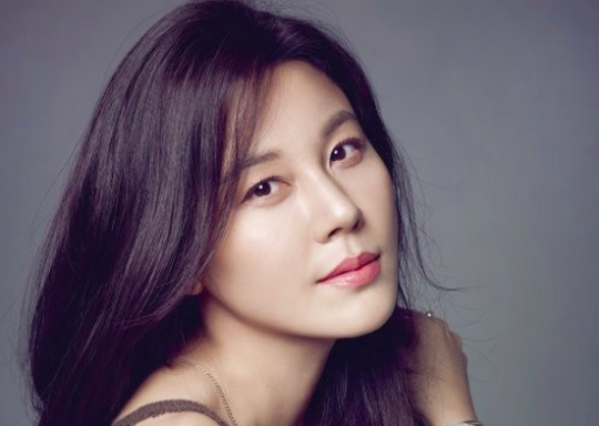 Kim Ha Neul Shares Touching Insights Into Relationship With Fiancé