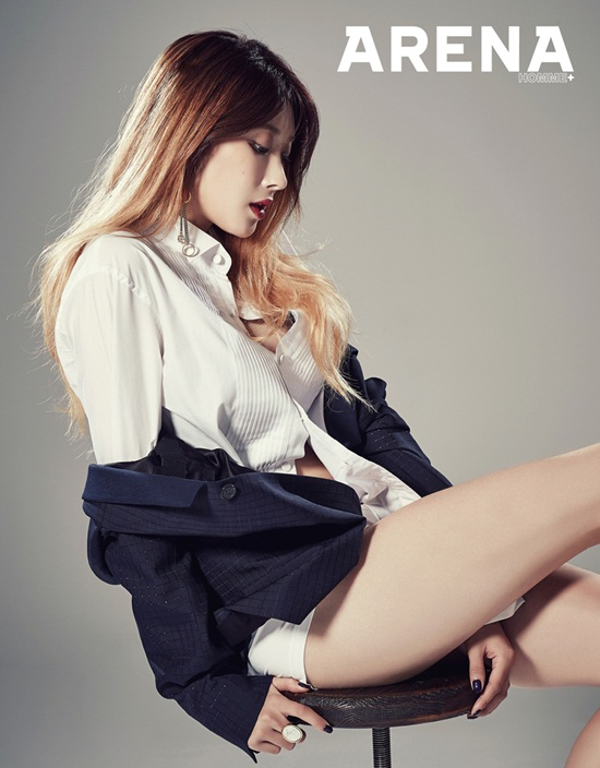HyunA-feature