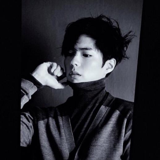 Park Bo Gum black and white