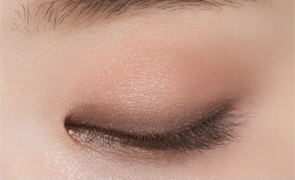 etude-house-blend-for-eyes-cozy-beige-swatch-kmall24