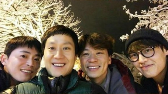 youth over flowers 1