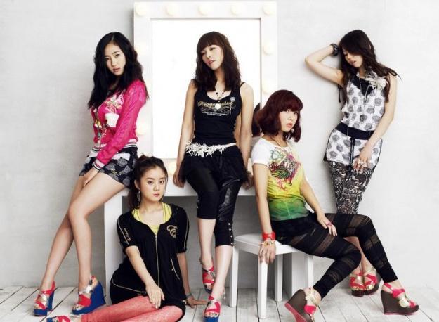 kpop celeb photos