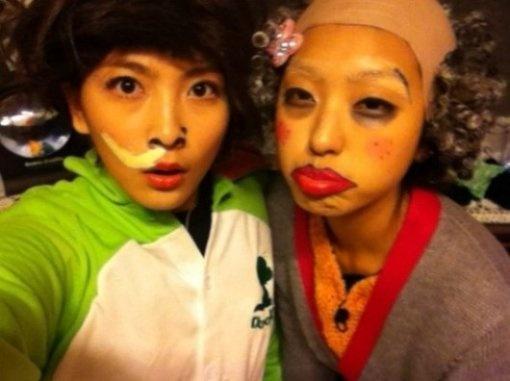 Kang Ji Young and Bora