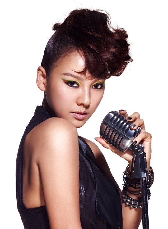 Lee Hyori as Diva Jackson