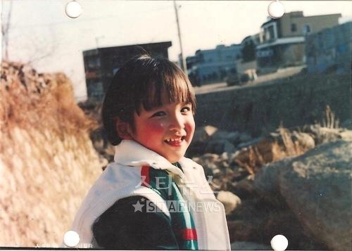 Simon D at age 4