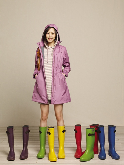 Who Wore It Best: Rain Boots Edition | Soompi