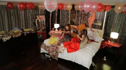 In The Revealed Photos Party Was Held A Hotel Room Which Had Been Decorated With Pretty Balloons Three S Are Wearing Flashy And Glittery