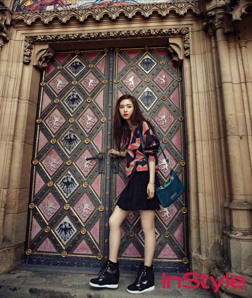"Lee Yeon Hee Transforms into an ""Autumn Goddess"" for ..."