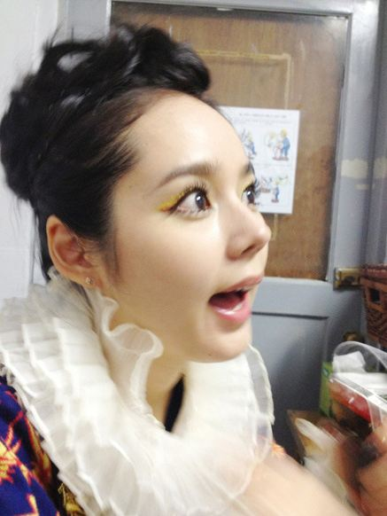 Han Ga In Makes A Beautiful Clown Soompi