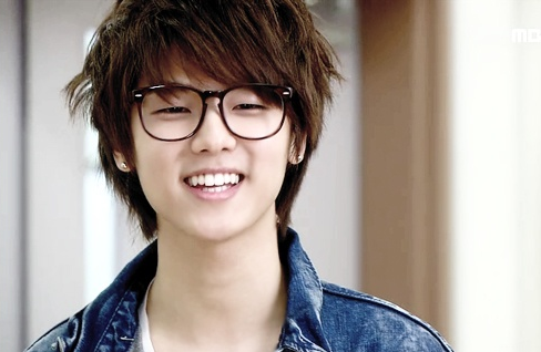 [Gallery] Which K-Pop Star Shares Your June Birthday?
