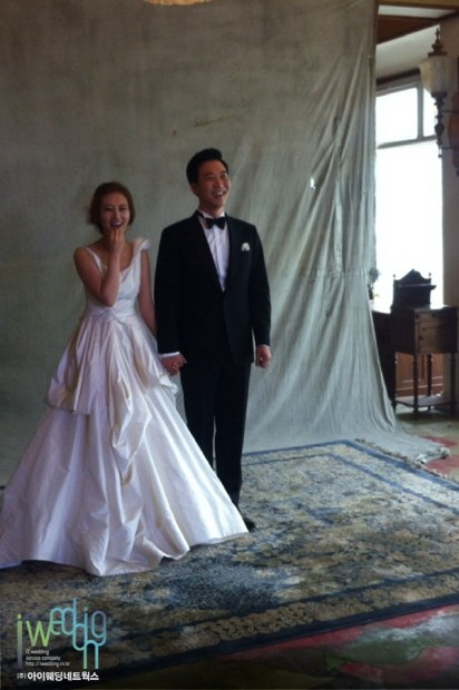 jang yoon jung do kyung wan iworkswedding 2