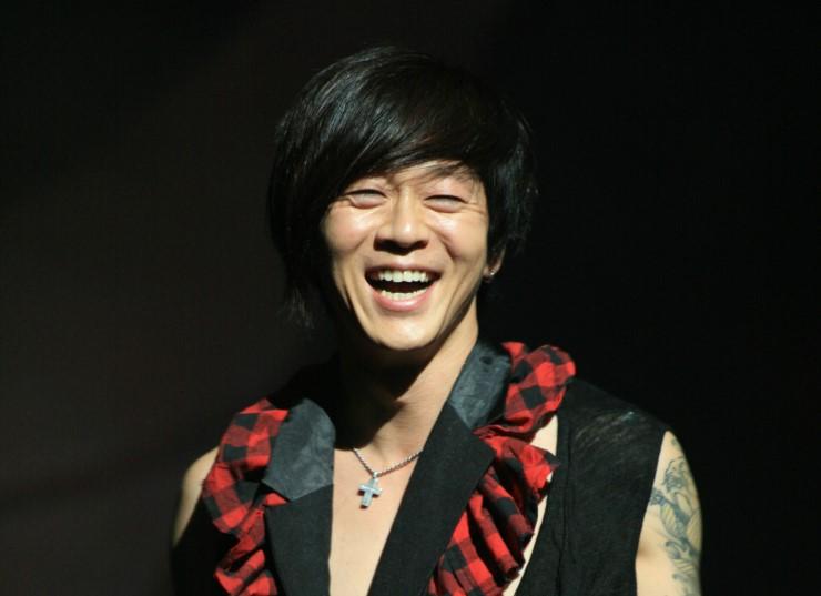 yoon-do-hyun2