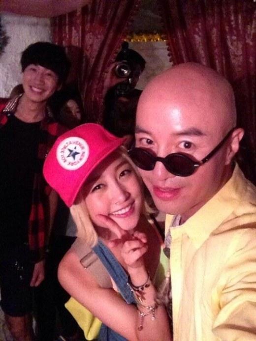 Kwangsoo Photobombs KARA's Nicole and Hong Suk Cheon
