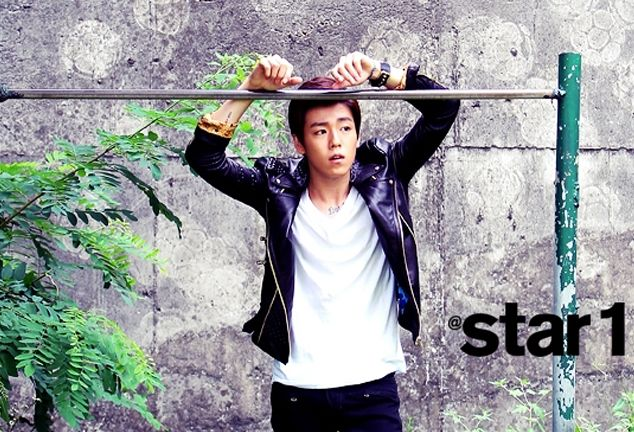 "Lee Hyun Woo Can't Hide His Puppy Dog Eyes in Upcoming ""@star1"" Photo Shoot"