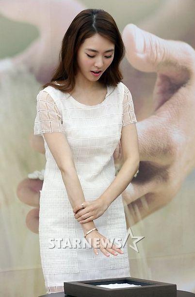 LeeYeonHee-3_7.18.2013