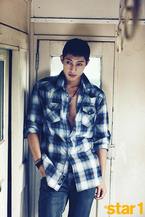 at star 1 kim hyun joong 4