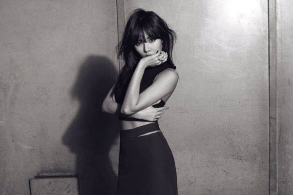 4minute is Sexy in Monochrome for Harper's Bazaar
