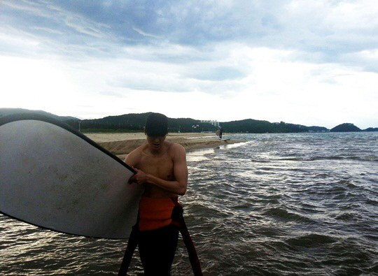 lee min ho surfing