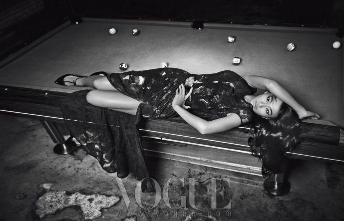 Hyorin_Vogue_8.2013