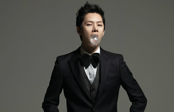 Kim Heechul on SM Ente...