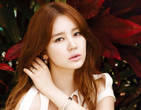 Soompi's Ultimate Lookbook: Yoon Eun Hye