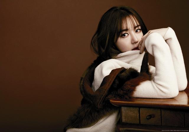 Yoon Eun Hye High Cut November 2012 Missing You (4)