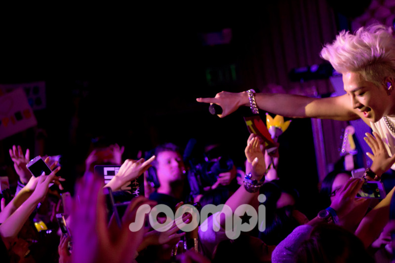 [Gallery] 7 Best Moments from Taeyang's Exclusive San Francisco Concert