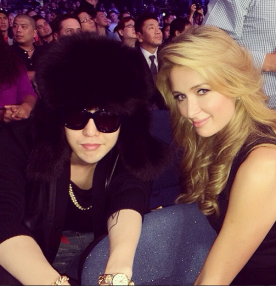 paris hilton g-dragon boxing 2