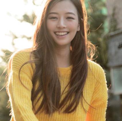 under the radar hug & kiss member misong