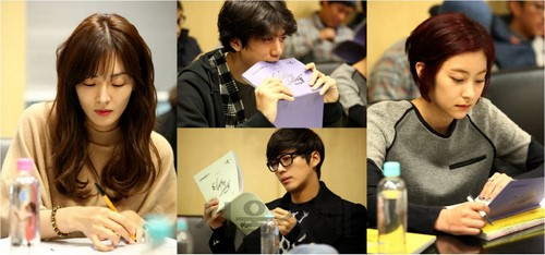 i need romance 3 script reading 2
