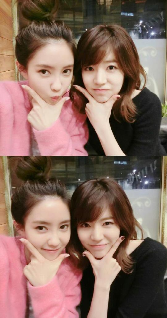 Hyomin and Sunny Selca